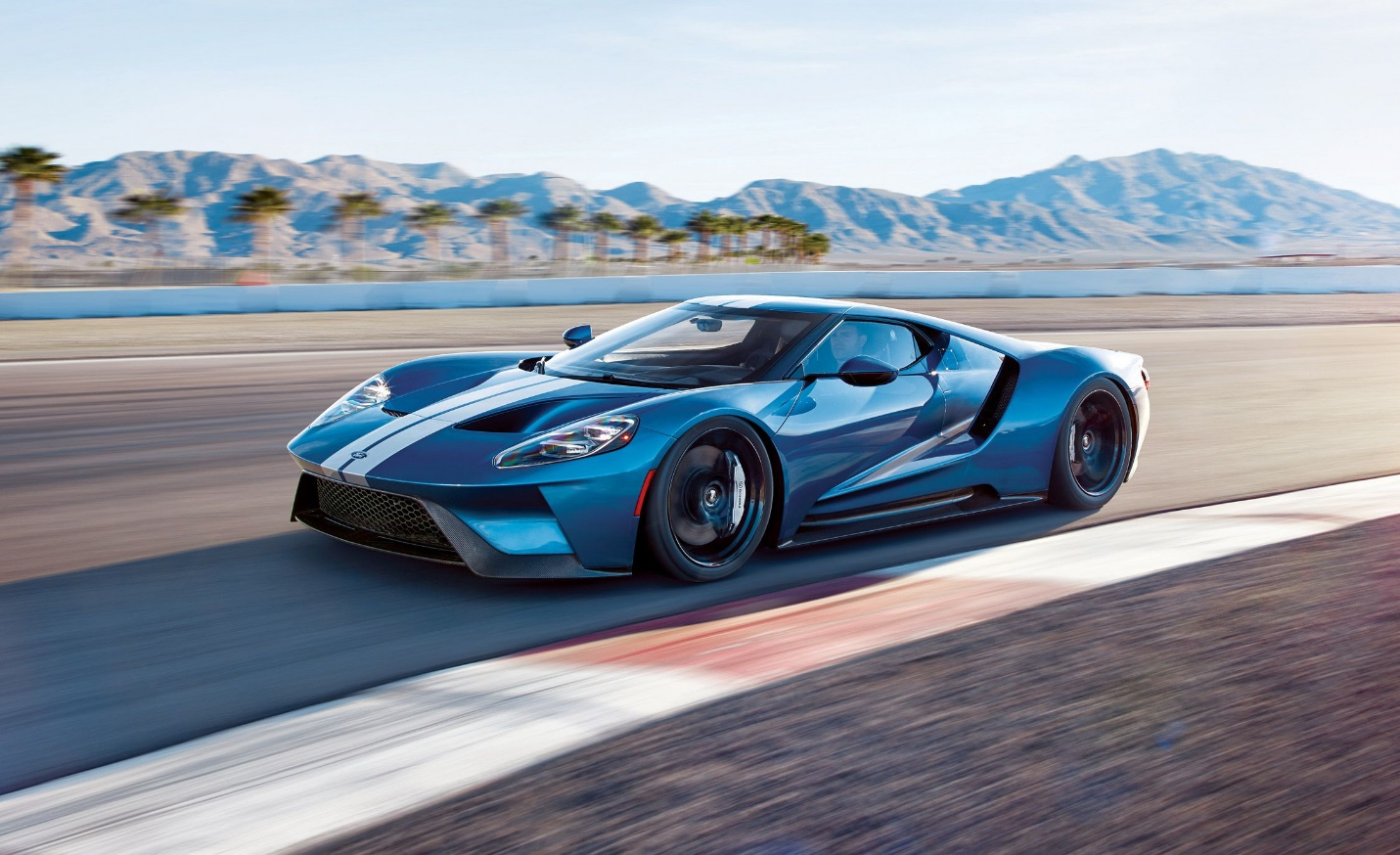 8 Awesome Design Cars that You Can't-Miss to See